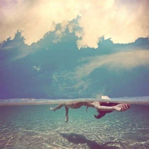 zemljacudaualisi:  feeling free on We Heart It.