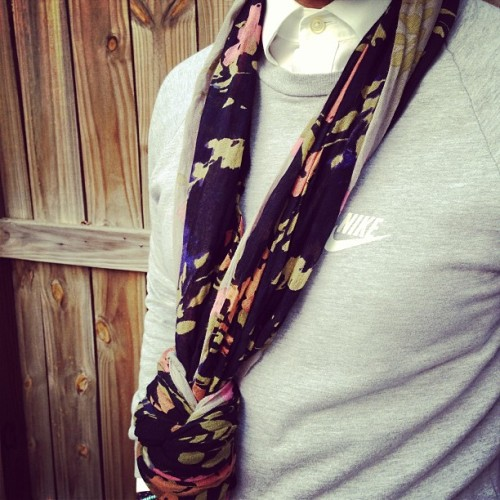 #nike #mensfashion #scarf