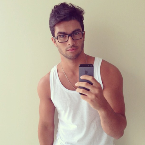 givemeguys:  hey i'm matthew, follow for more hot guys! xx