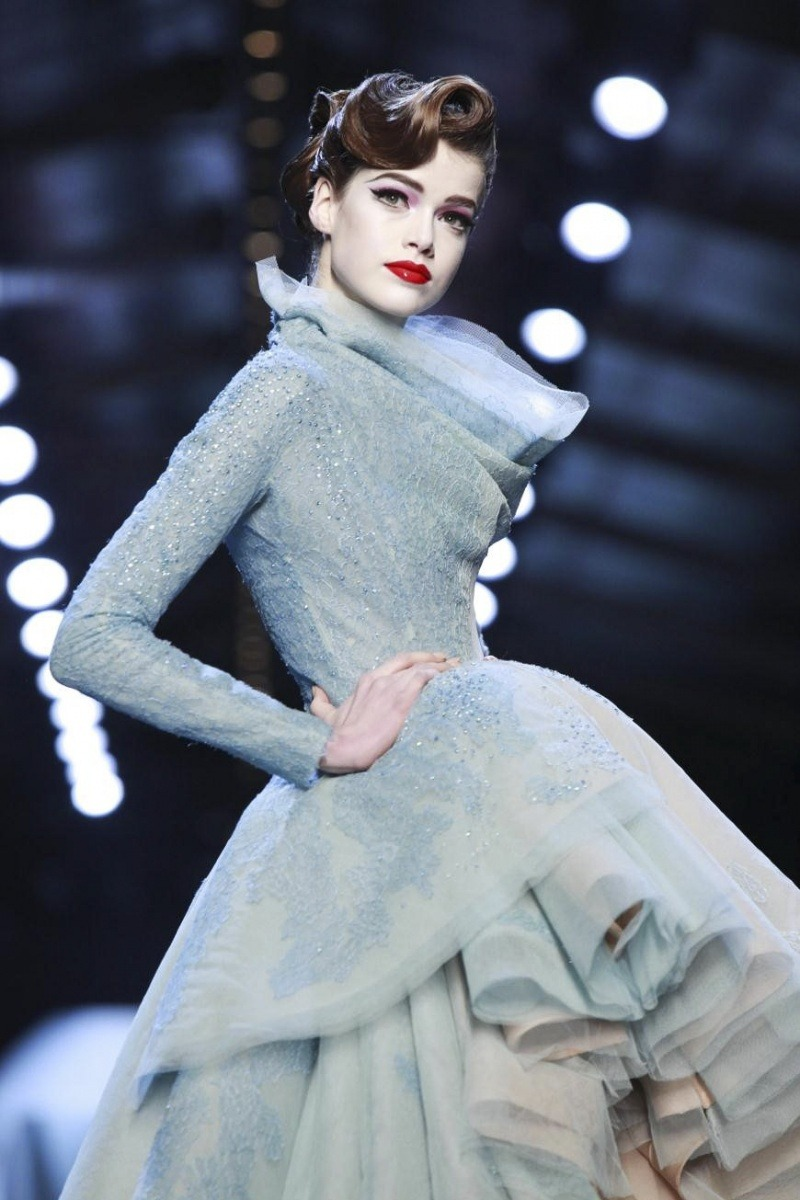 mearquette:  Julia Saner for Dior Haute Couture SS 2011