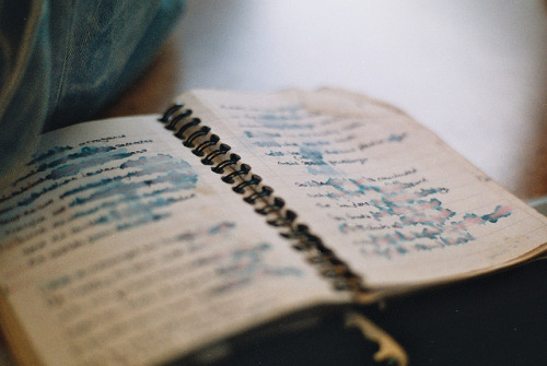 imperfectio:  sans titre by tuesday blouse on Flickr.