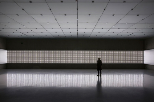 orlandoid:  CARSTEN HÖLLERLight Room, 2008Double LED lamps, aluminum sheeting, cables, controller systemDimensons variableInstallation at Kunsthaus Bregenz, AustriaPhoto by Markus Tretter / Courtesy the artist/VBK, Vienna