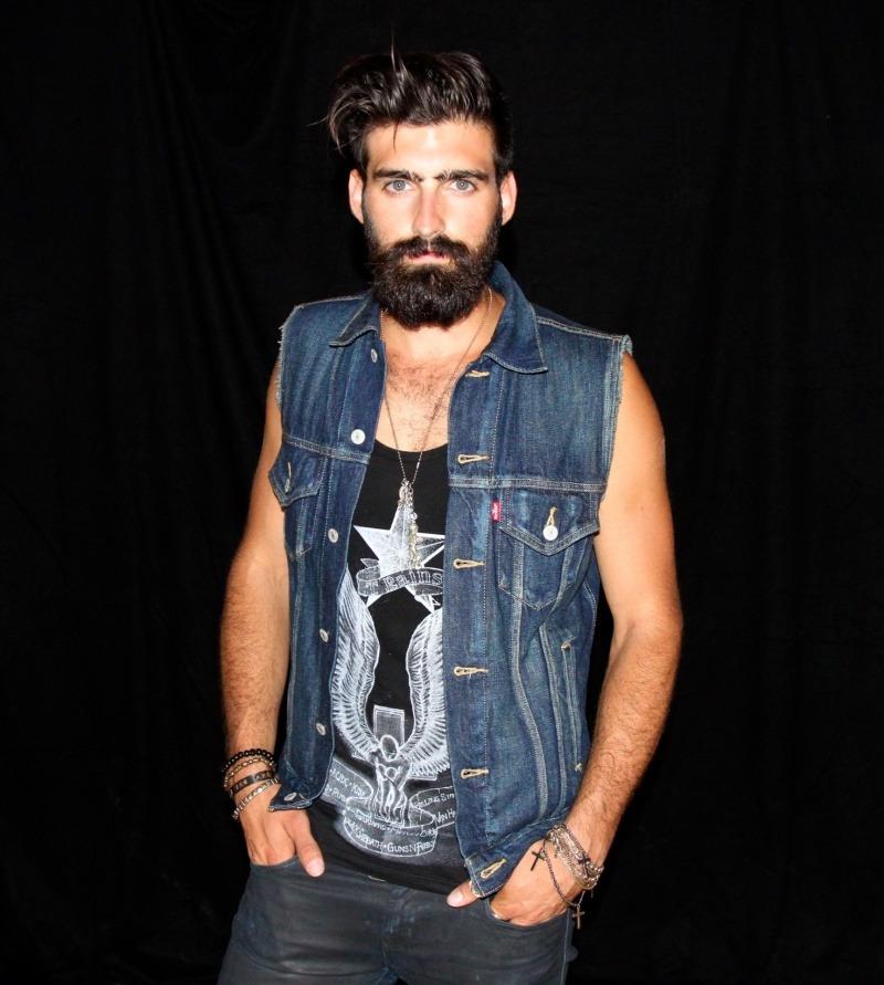 2018-06-04 05:23:26 - beardsftw beardmodel untitled weir diary beardburnme http://www.neofic.com