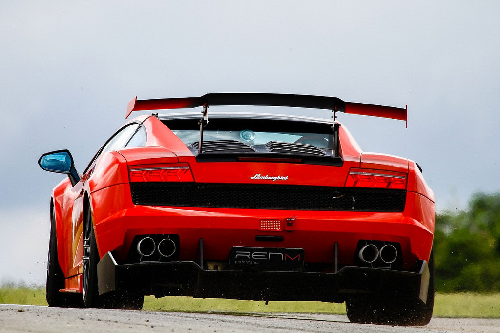 RENM Performance Lamborghini Gallardo STS-700 (by GermanCarScene)