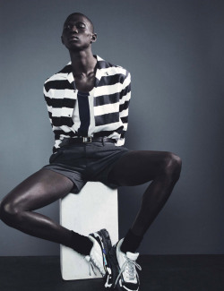 Sporty monochrome resort styling from the new #NumeroHomme