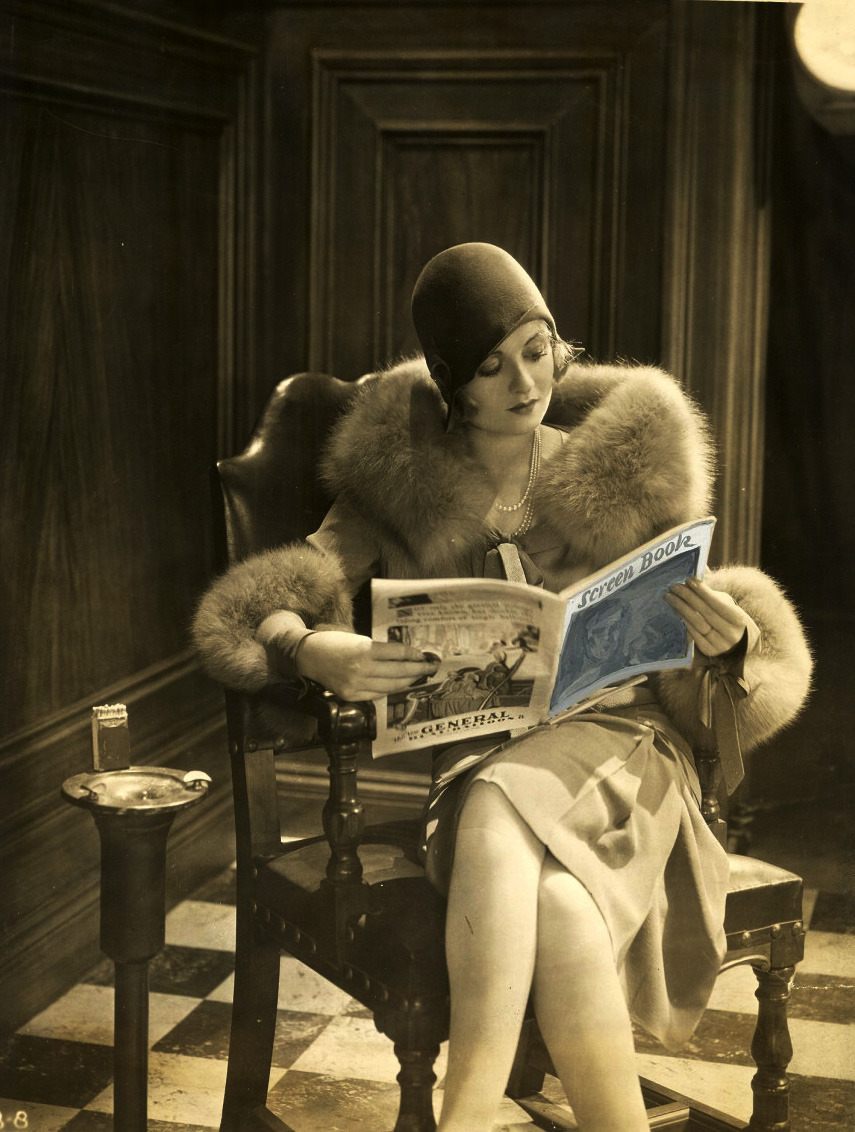 whataboutbobbed:  Constance Bennett makes reading look good!