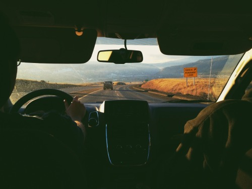 thisismyillusion:  sunset drives  Wherever this is, I want to be there.
