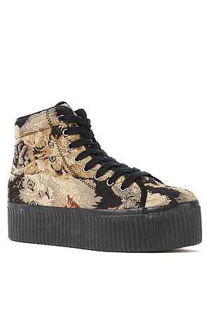 (via Jeffrey Campbell Shoe Hiya in Cat Tapestry - Karmaloop.com)