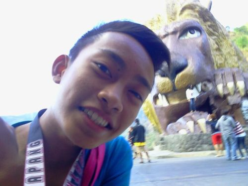 this was taken @ baguio philippines .. (lions head) awesome day  city of Baguio is a highly urbanized city located in the province of Benguet in northern Luzon island of the Philippines. The city has become the center of business and commerce as well as the center of education in the entire Northern Luzon thereby becoming the seat of government of the Cordillera Administrative Region. Baguio City was established by the Americans in 1900 at the site of an Ibaloi village known as Kafagway. The name of the city is derived from the word bagiw in Ibaloi, the indigenous language of the Benguet Region, meaning 'moss'. The city is at an altitude of approximately 1,610 metres (5,280 ft) in the Luzon tropical pine forests ecoregion conducive to the growth of mossy plants and orchids. Because of its altitude, Baguio City was designated by the Philippine Commission as the Summer Capital of the Philippines on June 1, 1903. It was incorporated as a chartered city by the Philippine Assembly on September 1, 1909, as authored by former Philippines Supreme Court JusticeGeorge A. Malcolm. The City of Baguio celebrated its Centennial on September 1, 2009.