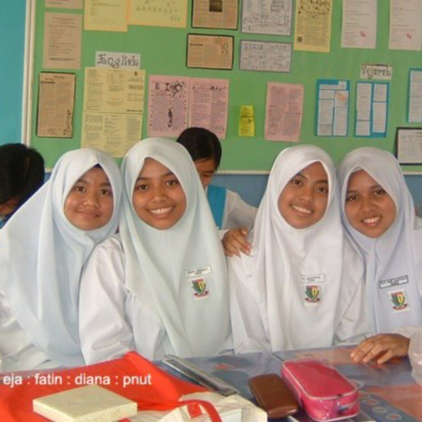 #throwback #highschool @mardianaazhar