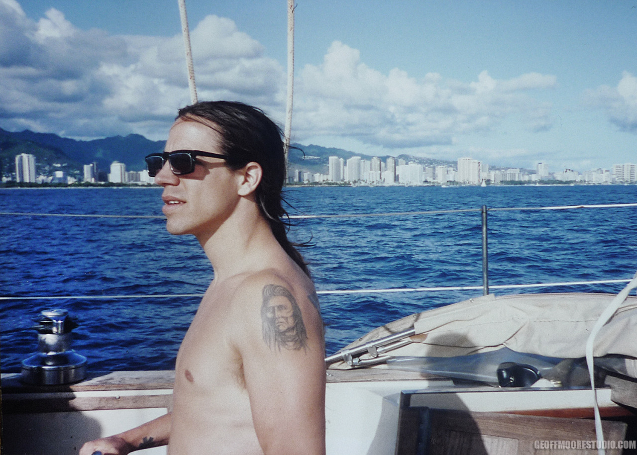 Anthony Kiedis. Hawaii 91. Photo by Geoff Moore #tbt #bloodsugarsexmagik era #redhotchilipeppers