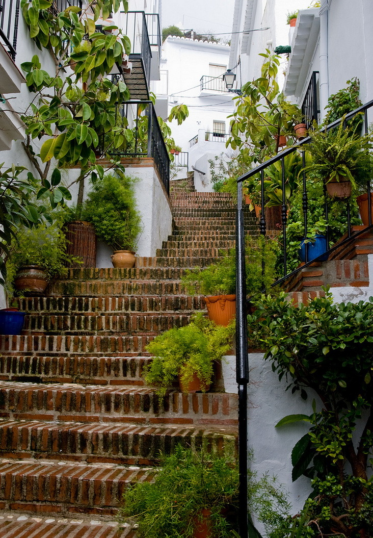 visitheworld:  Street stairs in Frigiliana, Andalusia, Spain (by Javi Ramos ).