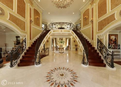 Grand formal entry!http://priceypads.com/remarkable-custom-build-7900000/