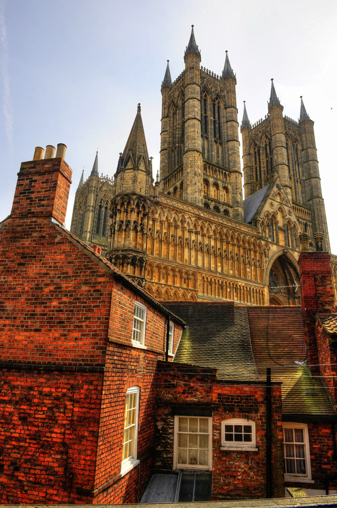sunstreaker:  Lincoln Cathedral, England by perth45