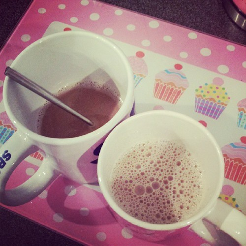 Home made hot chocolate thanks to @33simon33 at 4 in the morning <3