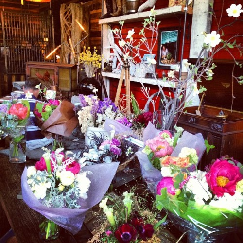 Magical flower pop-up shop http://bit.ly/11wtg5A