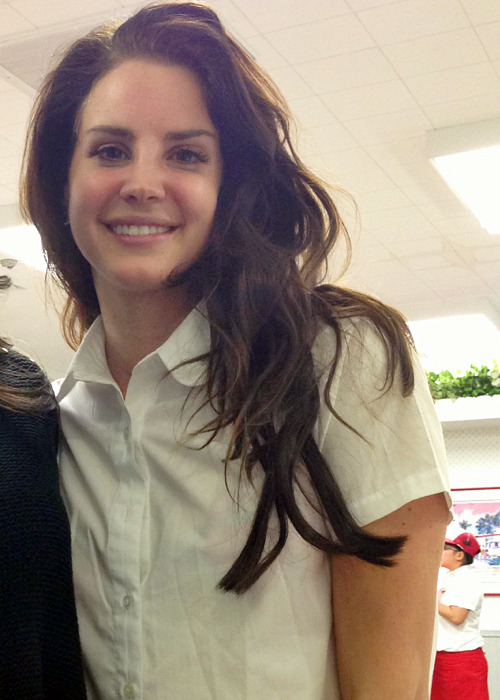 discriminated:  rounding:  my fav picture of lana  same