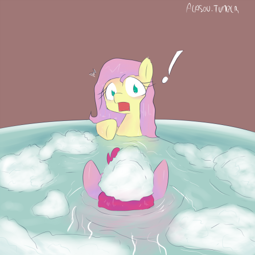 30 minutes challenge of the day. Bath time. No that I think about it, it would probably be better if I had draw nice and round bubbles instead of that.