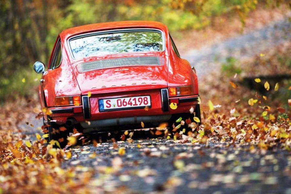 What a joy driving a Classic, fuel injected 911E or S on a daily basis would be.