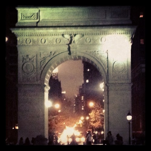5th Avenue through Washington Arch