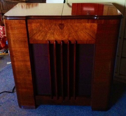 Have an old record player or other antique furniture? Bring your memories back to life! SpeakBoxx is now offering a restoration and upgrade service! I will restore your item, and/or install new electrons inside so that you can enjoy the newest technology inside of a great piece of classic furniture! Call or email us for a quote!   (541) 490-6816