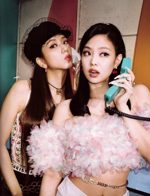 blackpinkofficial:  [SCAN] Jisoo and Jennie in 0327 volume 2cr. ᴘᴜʀᴘʟᴇ #jisoo#jennie