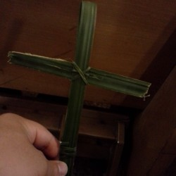 Happy Palm Sunday!!! #palms #cross #Catholic (at St. Genevieve Catholic Church)