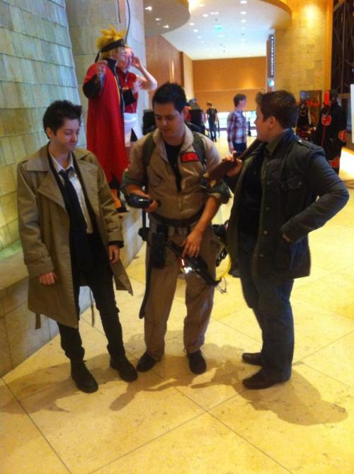 1 angel and 2 ghosthunters Trying to figure out whats going on at a Con