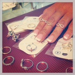 #lilxurious #midirings #midrings #knucklerings #rings #fashion #trends #style #instafresh #accessories  (at www.LilXurious.com 💋)