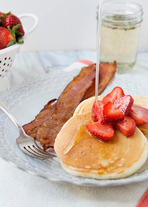 foodopia:  vanilla yogurt pancakes: recipe here