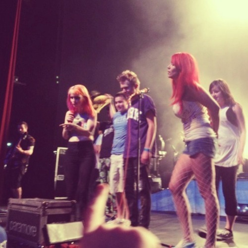 Thank you Hayley for being such a champ using all your superpowers trying to get through this night hope you get better soon<3