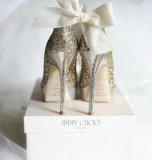 conceptosytendencias:  Jimmy Choo on We Heart It - http://weheartit.com/entry/47696081/via/rosselynn