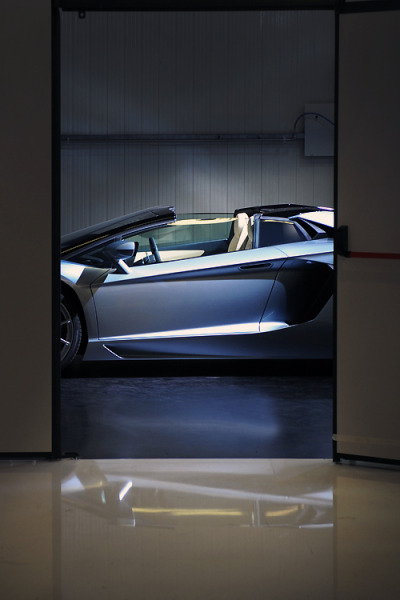 wormatronic:  Aventador Roadster Source & More