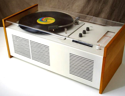 3345rpmz:  • Record Players • ⋅ Braun ⋅