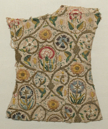 tawnyscostumesandcuriosities:  Embroidery Fragment 1570-1599 Linen