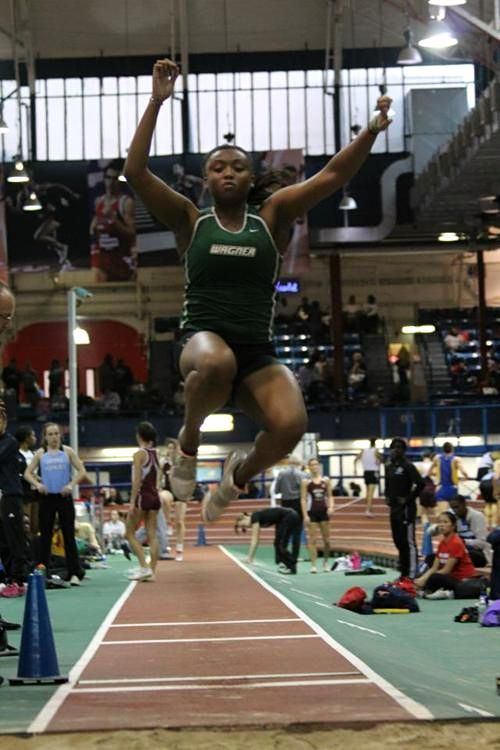 athleticsistas:  Long jumping at the NYC Armory.  http://nic-nac-patty-wack.tumblr.com