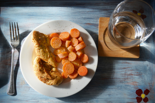 Lunch!Citrus-marinated chicken with steamed carrots