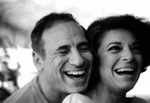 pbsamericanmasters:  cinemaemcena:  Mel Brooks e a esposa, Anne Bancroft.  This is beautiful.  Watch 'Mel Brooks: Make a Noise' TONIGHT on PBS (Check Local listings).