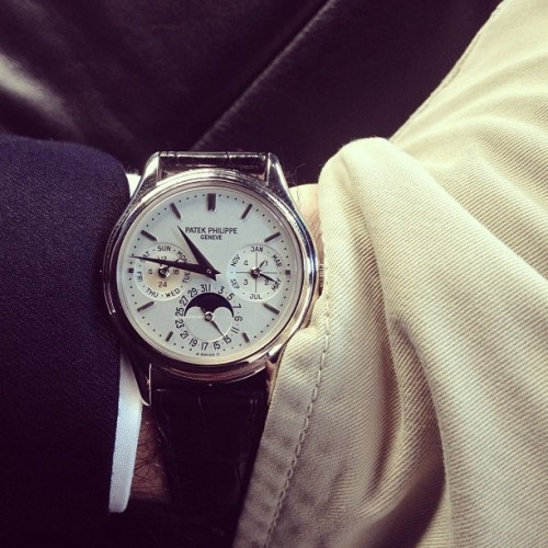 hodinkee:  3940G.  I hope I'll one day own a Patek Philippe. Understated elegance and style.