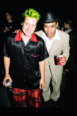 musicthatspeaks:  *Tre Cool and Tony Kanal