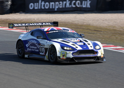 carpr0n:  Childish joy Starring: Aston Martin Vantage GT3 (by roger@deepcar)