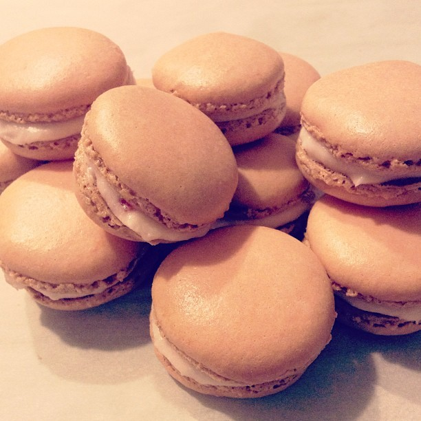 Homemade Macaroons with Buttercream Strawberry filling #homemade #macaroons #strawberry #foodporn