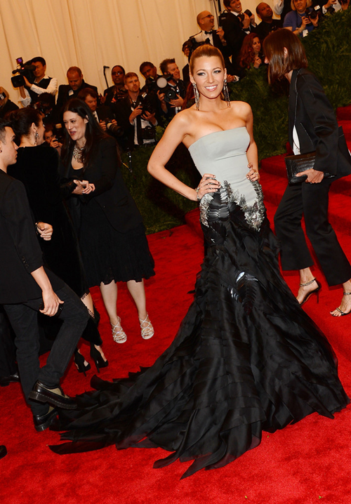 "lovingblakelively:   Costume Institute Gala for the ""PUNK: Chaos to Couture""  STUNNING! <3"