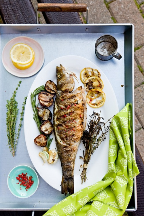 delicioushealthymeals:   Grilled Whole Fish with Lemon and Pink Peppercorns