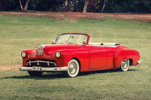 This ain't Kansas anymore Starring: Pontiac Chieftain Convertible (by moisseyev.com)
