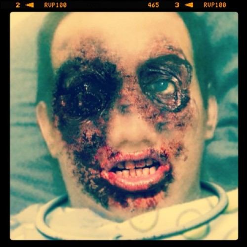 Dead yourself #thewalkingdead #zombie #selfportrait #lol