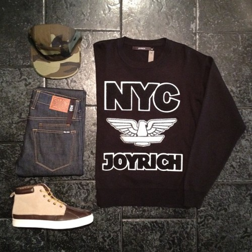 "BleeckerSt.com Men's Outfit of the Day ""Sharp Shooter""  NYC Joyrich Crew: http://www.bleeckerst.com/collections/mens-sweaters-and-knitwear Five Panel Camo: http://www.bleeckerst.com/collections/mens-hats-and-eyewear Slim Straight Denim: http://www.bleeckerst.com/collections/mens-jeans-and-pants Duckie Boot Brown: http://www.bleeckerst.com/collections/kicks"