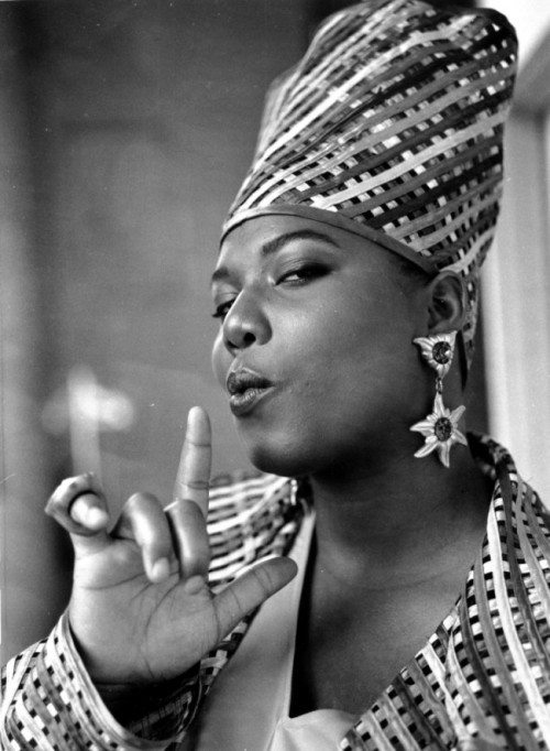 lustnspace:  Queen Latifah 1980s in her Afrocentric phase