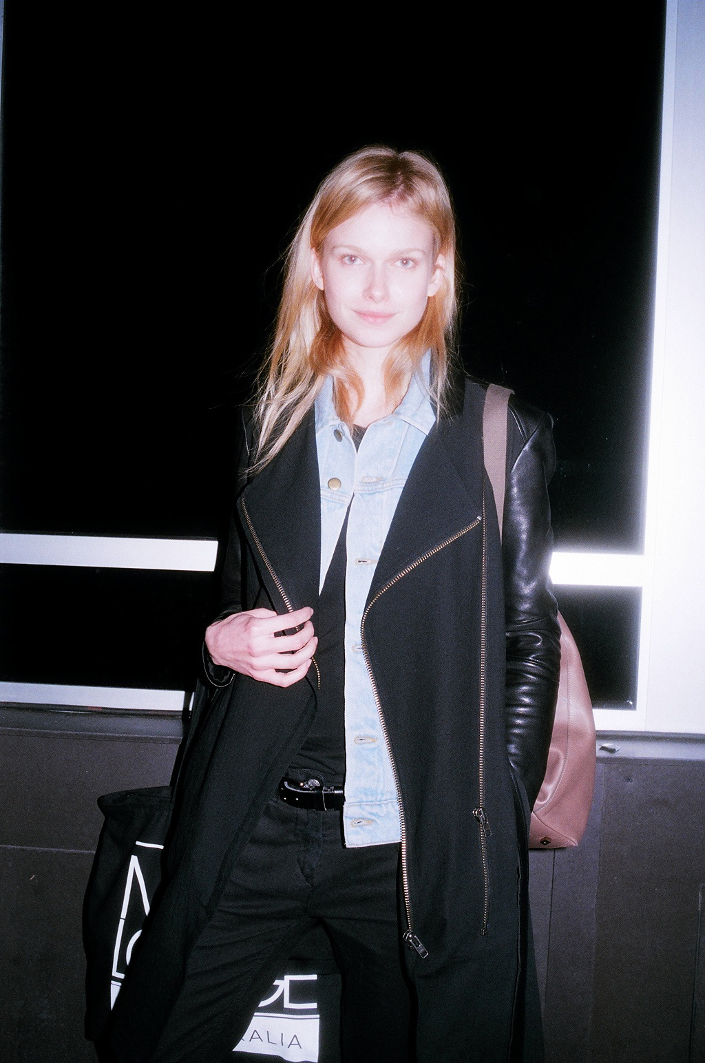 http://dossierjournal.com/style/fashion/after-the-shows/#more-43704