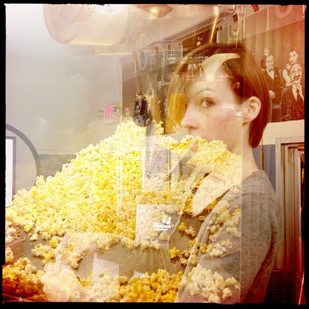 Playing with the #hipstamatic #doubleexposure settings while the movie is running #theaterlife @85zz  (at The Art Theater)